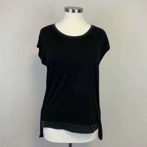 Tahari Short Sleeve Two Tone Black Shirt Sz M Wome